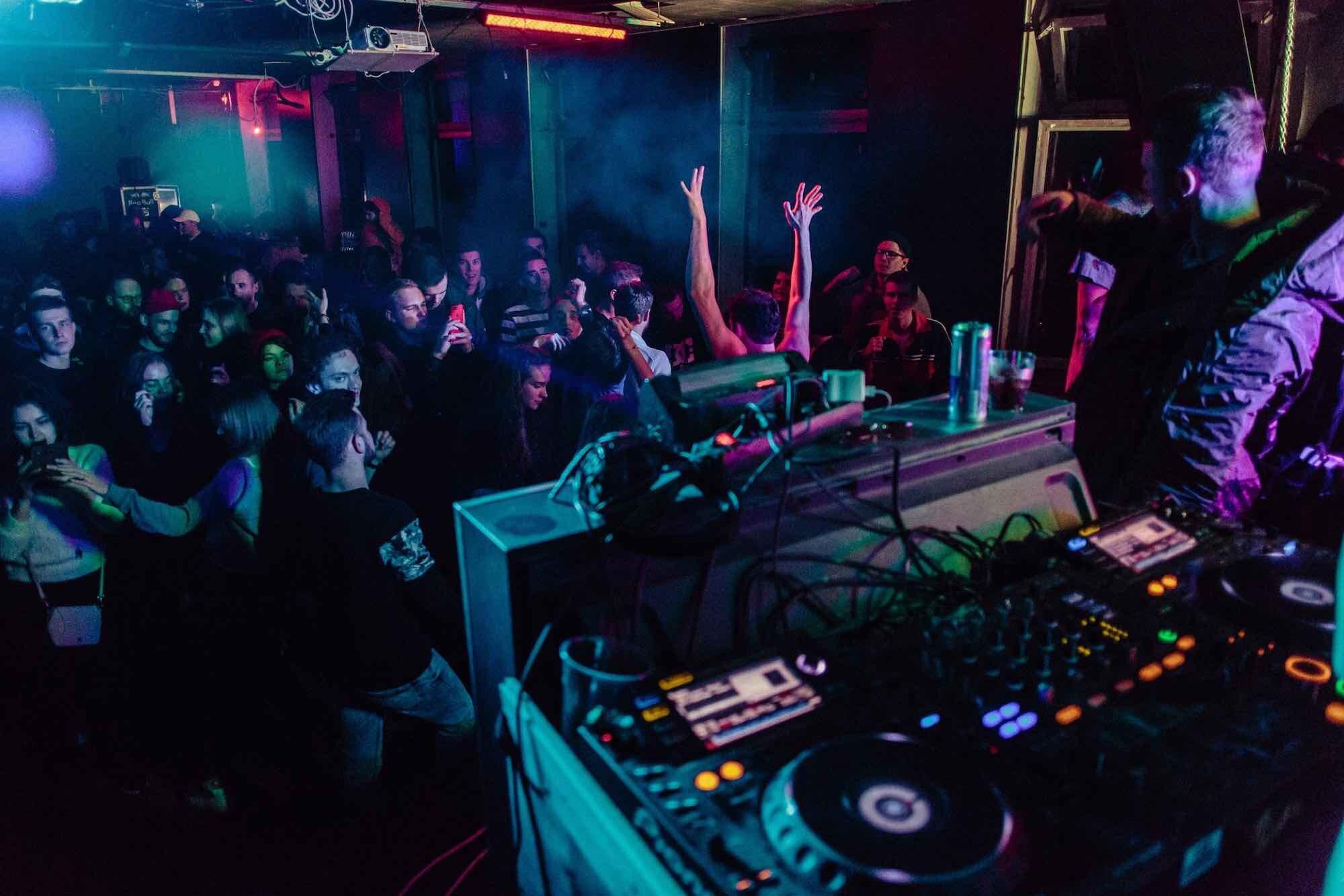 Hyra+DJ+Stockholm.jpg