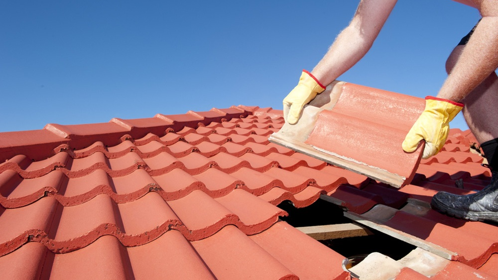 Roofing-services1000x667.jpg