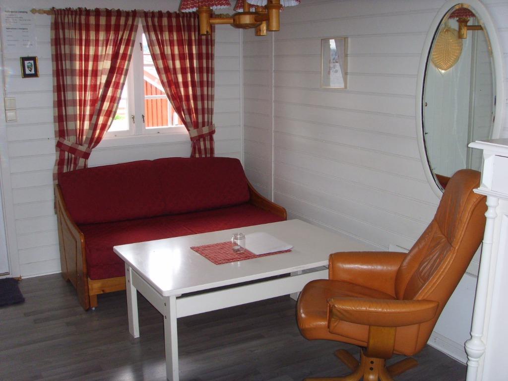 Hytte_nr_8_innvendig_mot_sofa.jpg