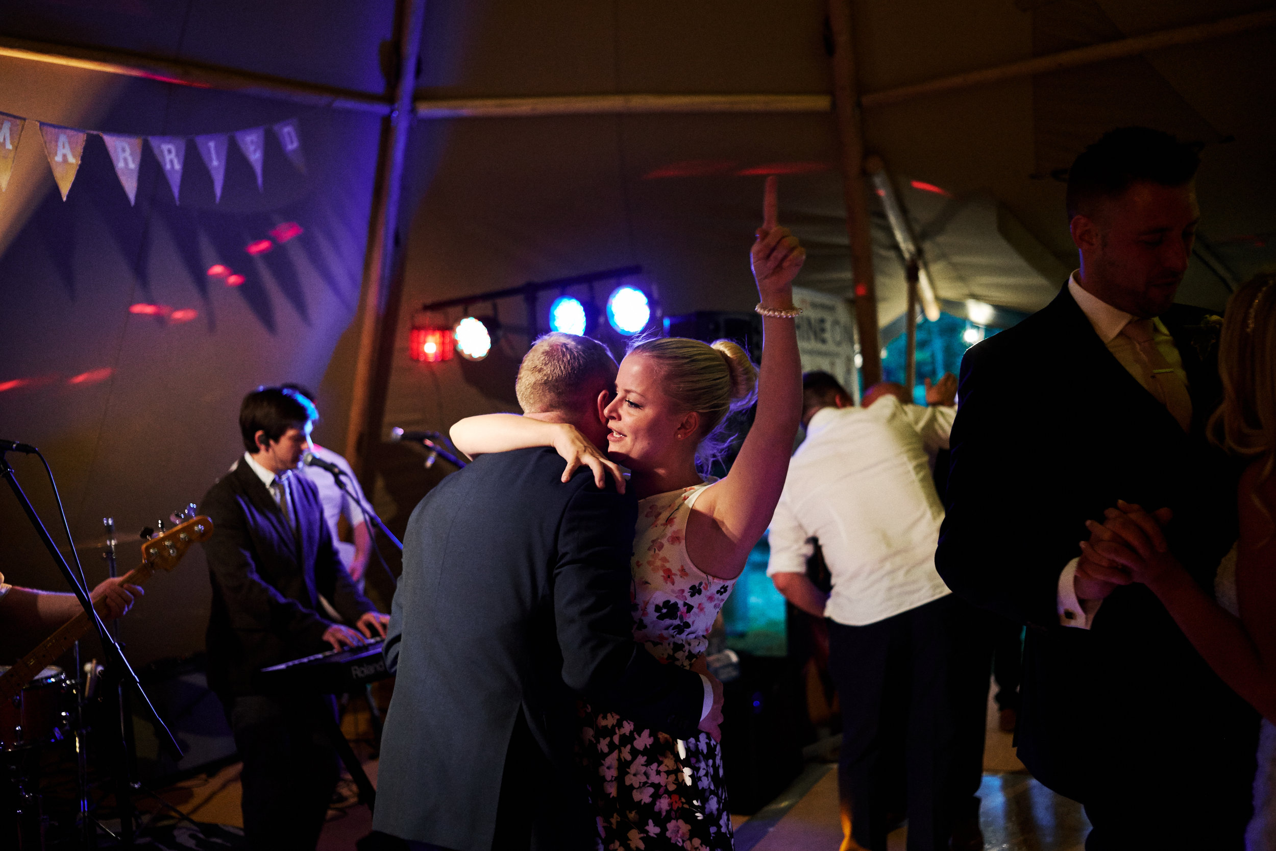 ADDITIONAL HOURS £108 - Maybe you just need that extra hour at your wedding. It also means we can get some more fantastic portraits in the darkness. Or more photos on the dance floor.