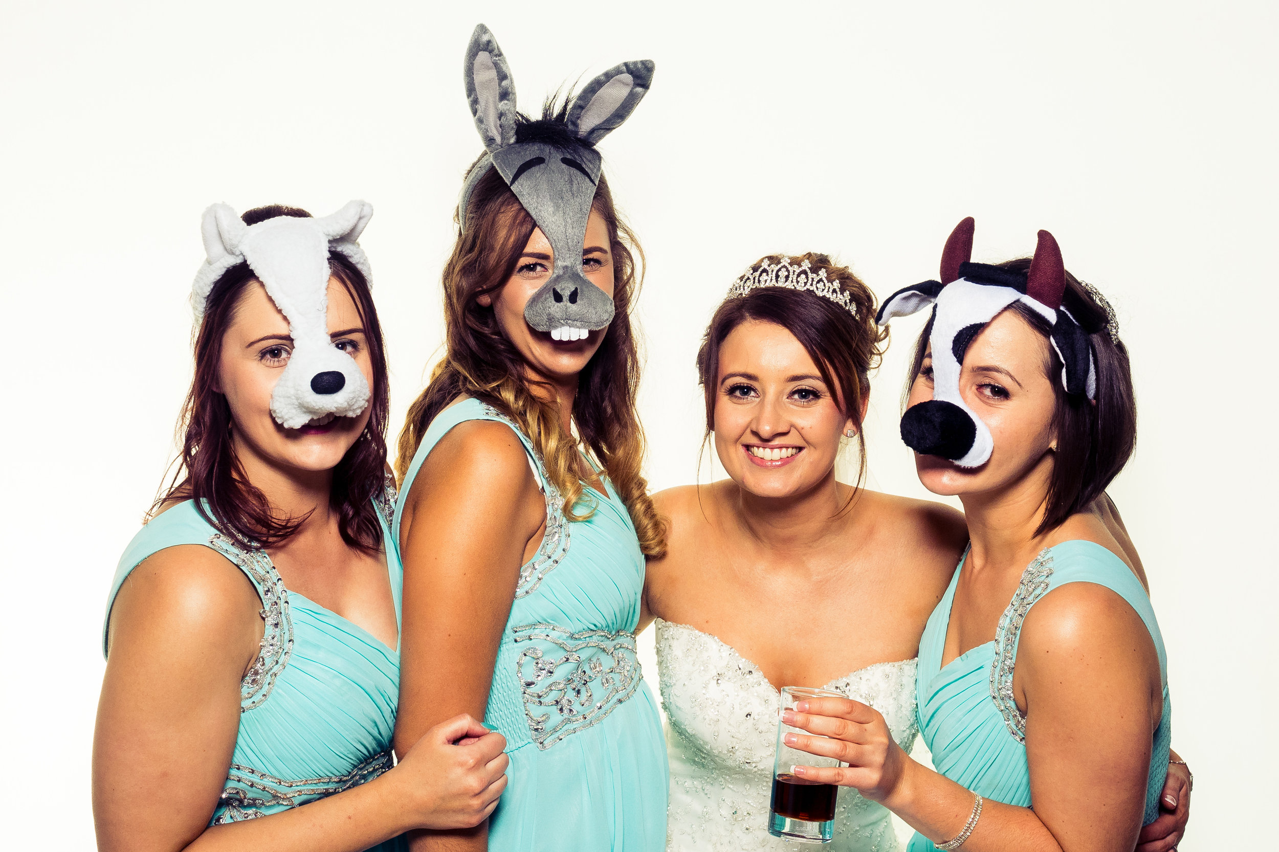 STUDIO QUALITY IMAGES - How often will you have the opportunity to take as many studio quality images of you and your friends? We supply you with the High-Resolution full photos along with an evening of fun and laughter.