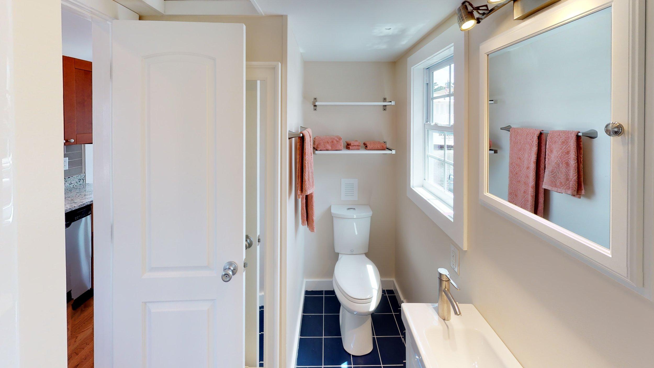 4370-Carraway-Place-Bathroom.jpg
