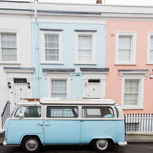 I love all things colourful, Notting Hill is an absolute dream to walk around. This was taken in winter but I'm currently trying to plan a trip back down to London for sometime this summer, so I'm looking back at old photos.