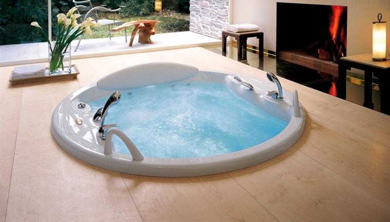 Whirlpool-Bath.jpg