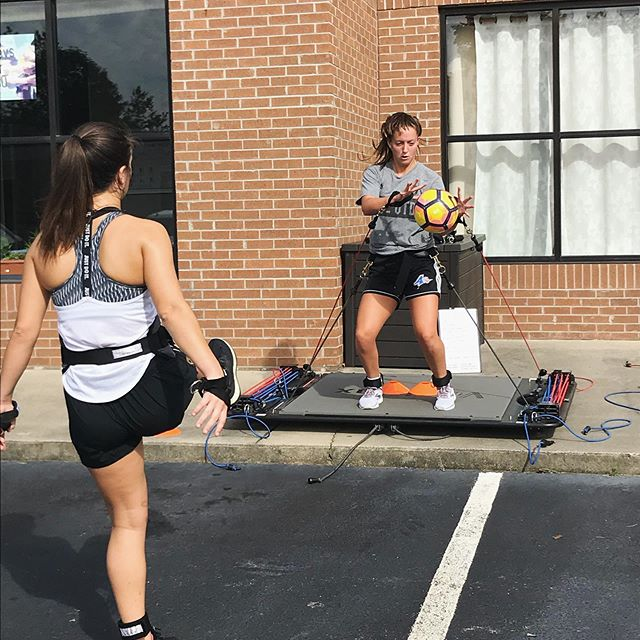 We are wrapping up our summer sessions here at HF Center of Exercise Science! We want to go into Fall season and keep you strong, explosive, and powerful. There are numerous benefits of @vertimax training while in season, including: enhancing vertical jump performance and heart rate control, recruiting fast twitch muscle fibers through sport specific movements, and enhancing recovery time and fatigue resistance. For example, if you have a game on Saturday, it'd be ideal to train with us on a Tuesday or Wednesday when you've had adequate recovery. Stay strong in your off days so you can crush your in season goals! #vertimax #vertimaxtraining #hfcenterofexercisescience #athletetraining #heartratetraining #avlfit #explosivetraining #studentathletes #asheville #828isgreat @ronnie_hreha @marisaromeo8