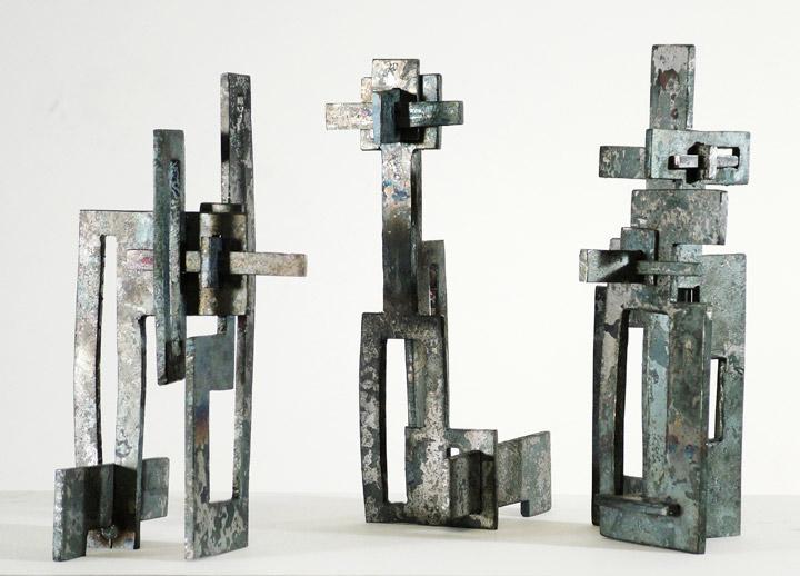 Plate sculptures