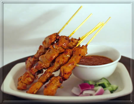 Chicken_Satay_with_Peanut_Sauce.jpg