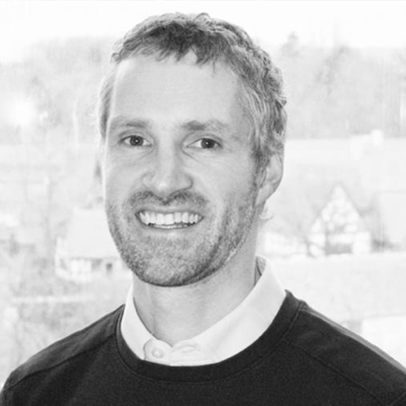 Arne Materna, PhD  VP Product, CosmosID   Predicting Health and Disease from the Gut Microbiome