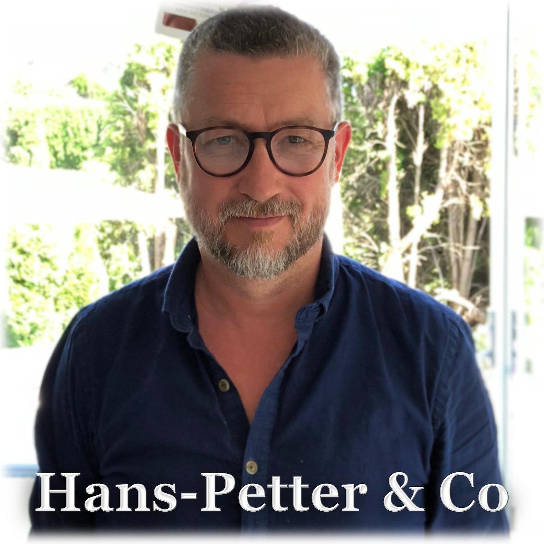 Hans-Petter og co - Hans-Petter Nygård Hansen snakker om digitalisering av hverdagen, og hvordan menneskers adferd påvirker kommunikasjonen for blant annet bedrifter og organisasjoner. Han gjør tilsynelatende grundig forarbeid og har ofte med seg gjester med tyngde innenfor sine fagfelt.