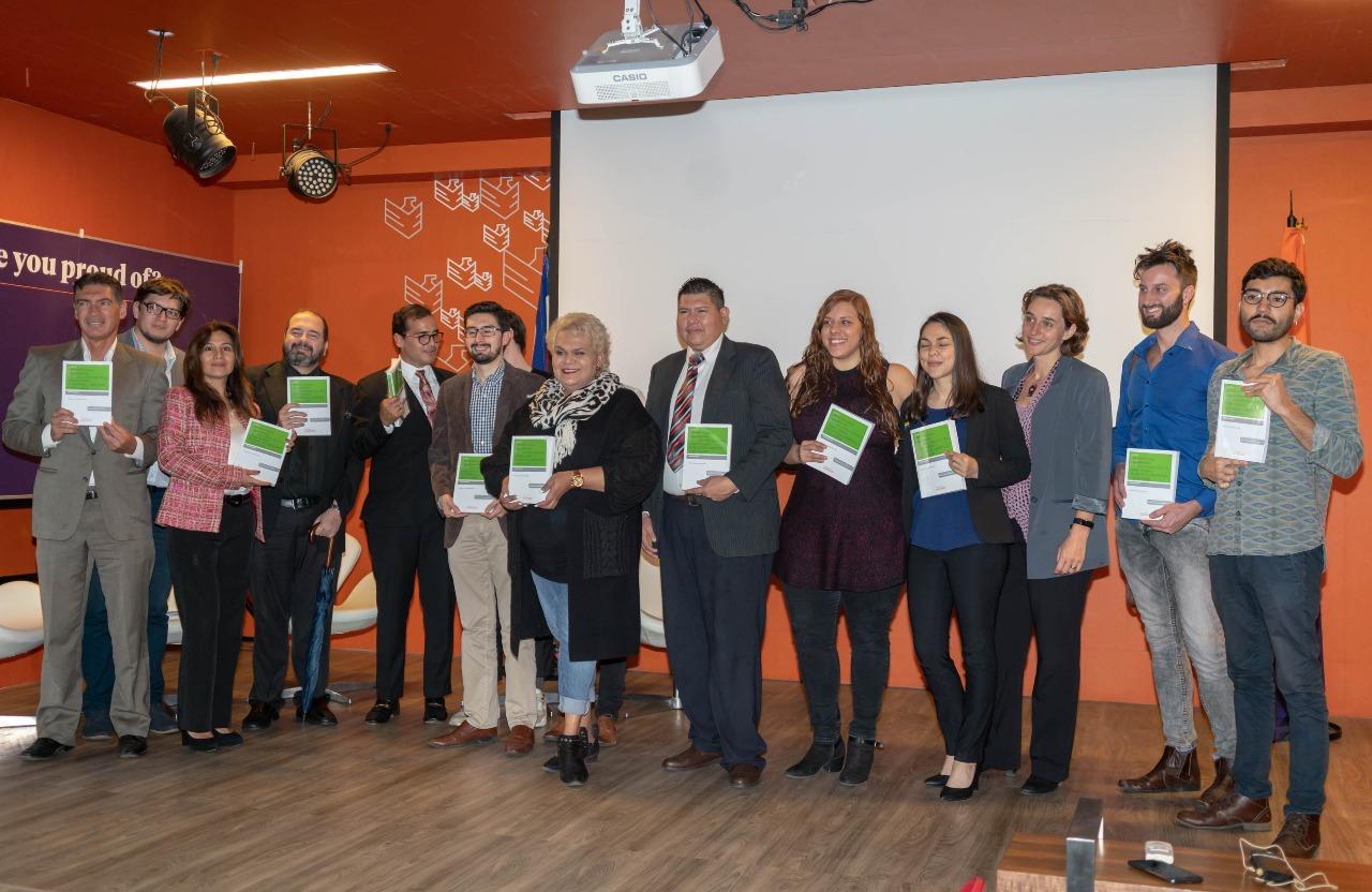 Duarte presenta libro en ULACIT