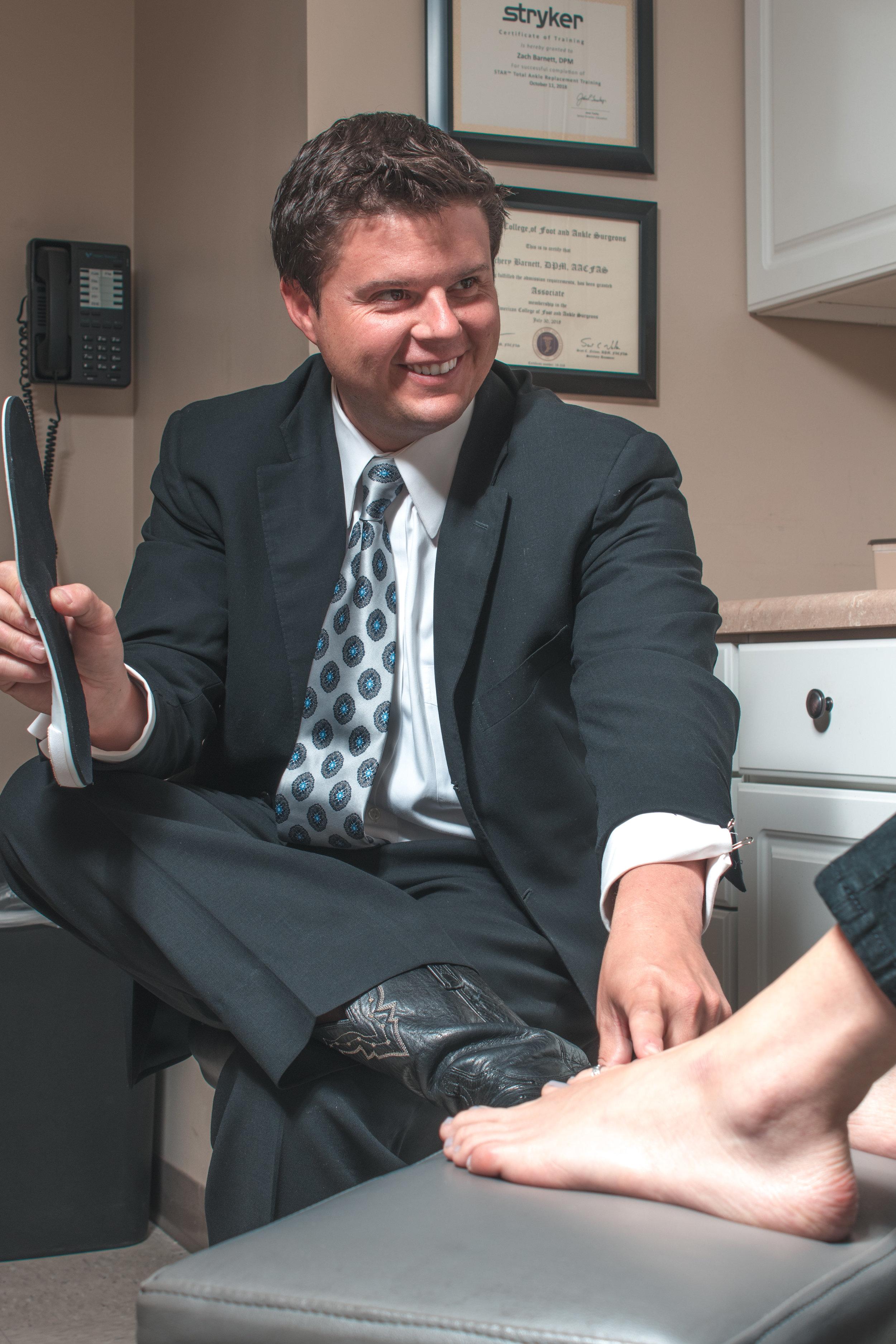 foot pain specialist zachery barnett, tampa fl