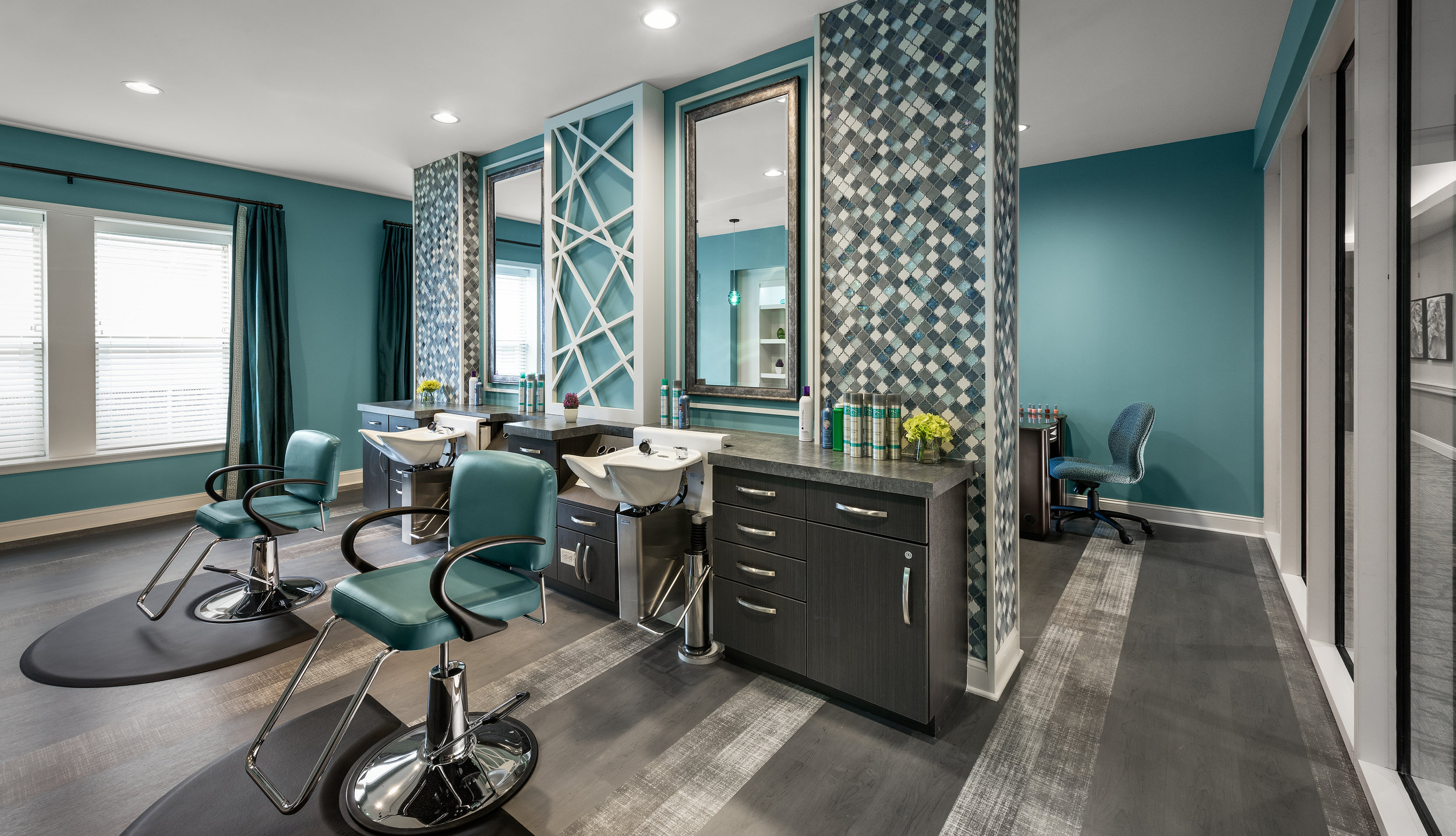 18-056-17 Beauty Salon.jpeg