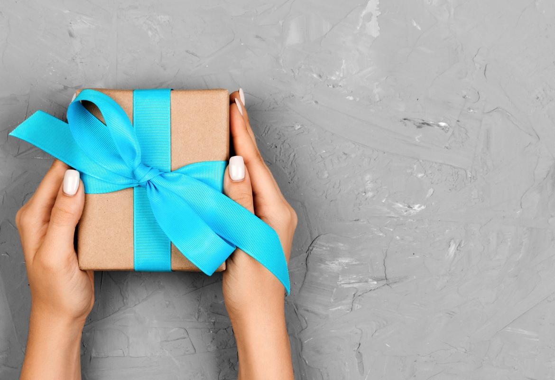 Gift Ideas for Knitters.jpg