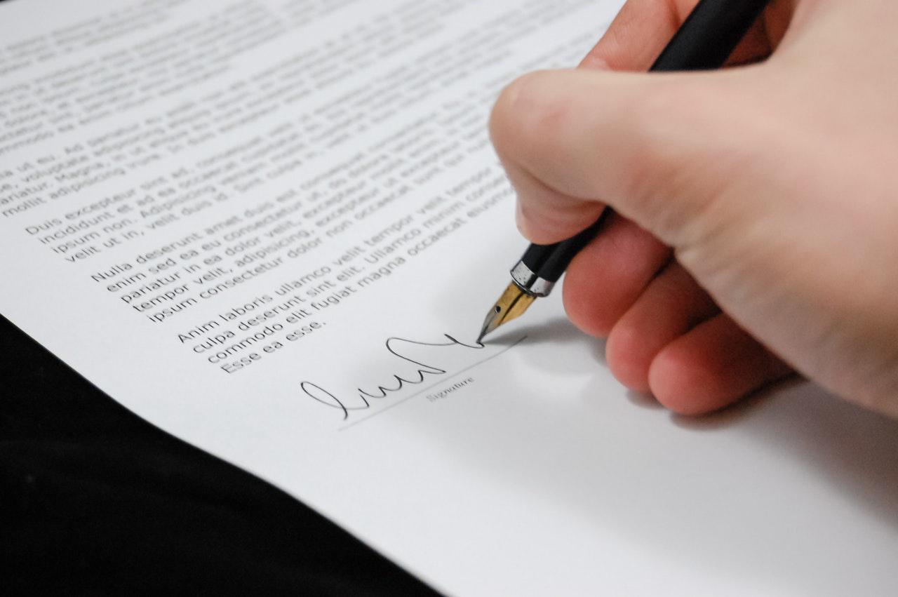 legal document-agreement-documents-sign-48148.jpg