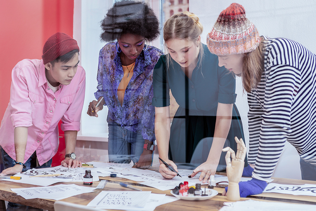 fashion+design+team+v2.jpg