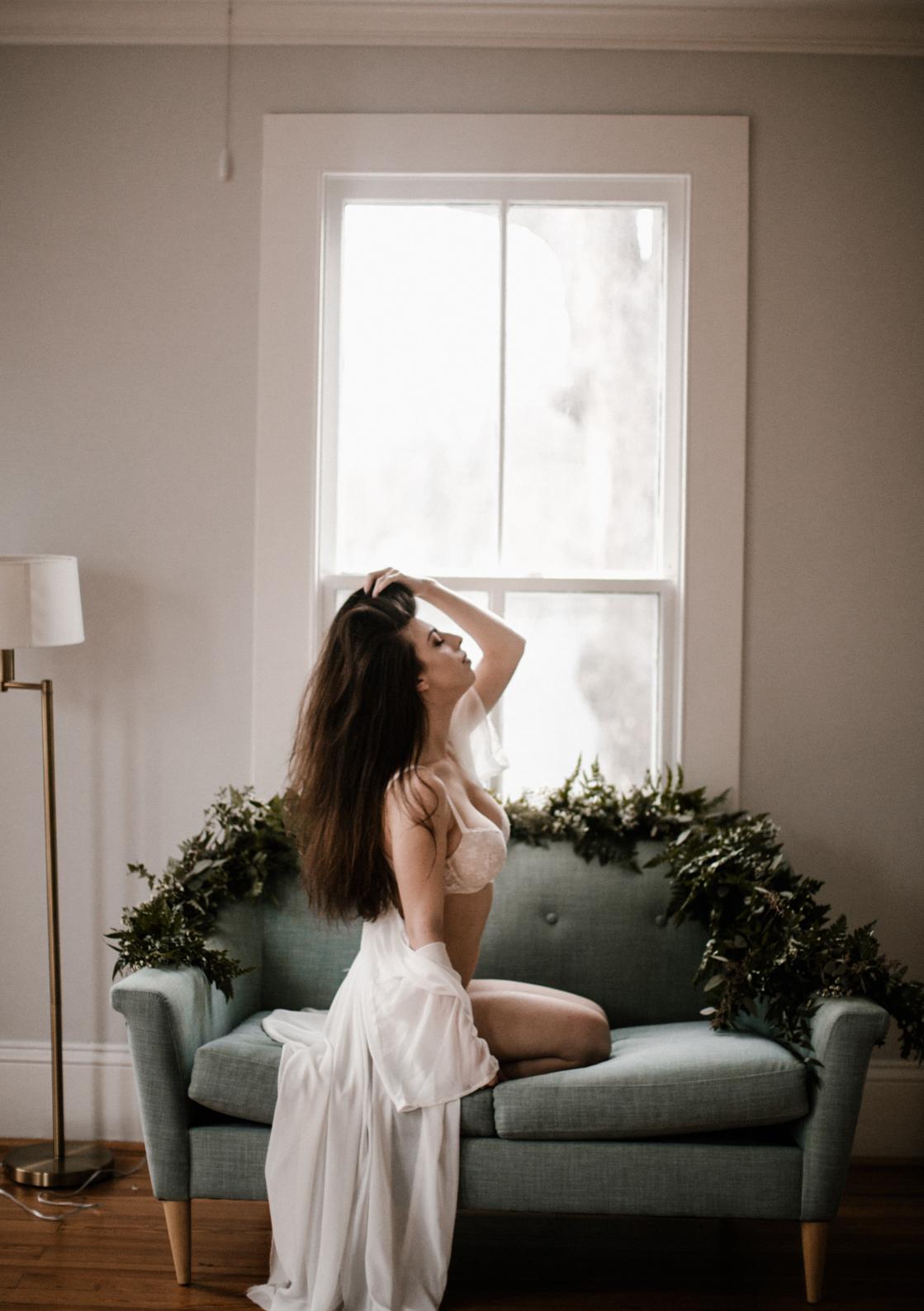 Charlotte-Boudoir Photographer-41.jpg