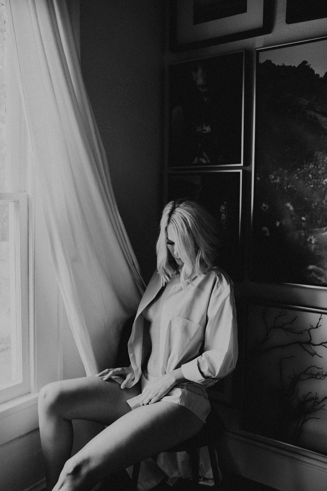 Charlotte-Boudoir Photographers-Boudoir-lintime-4 2.jpg