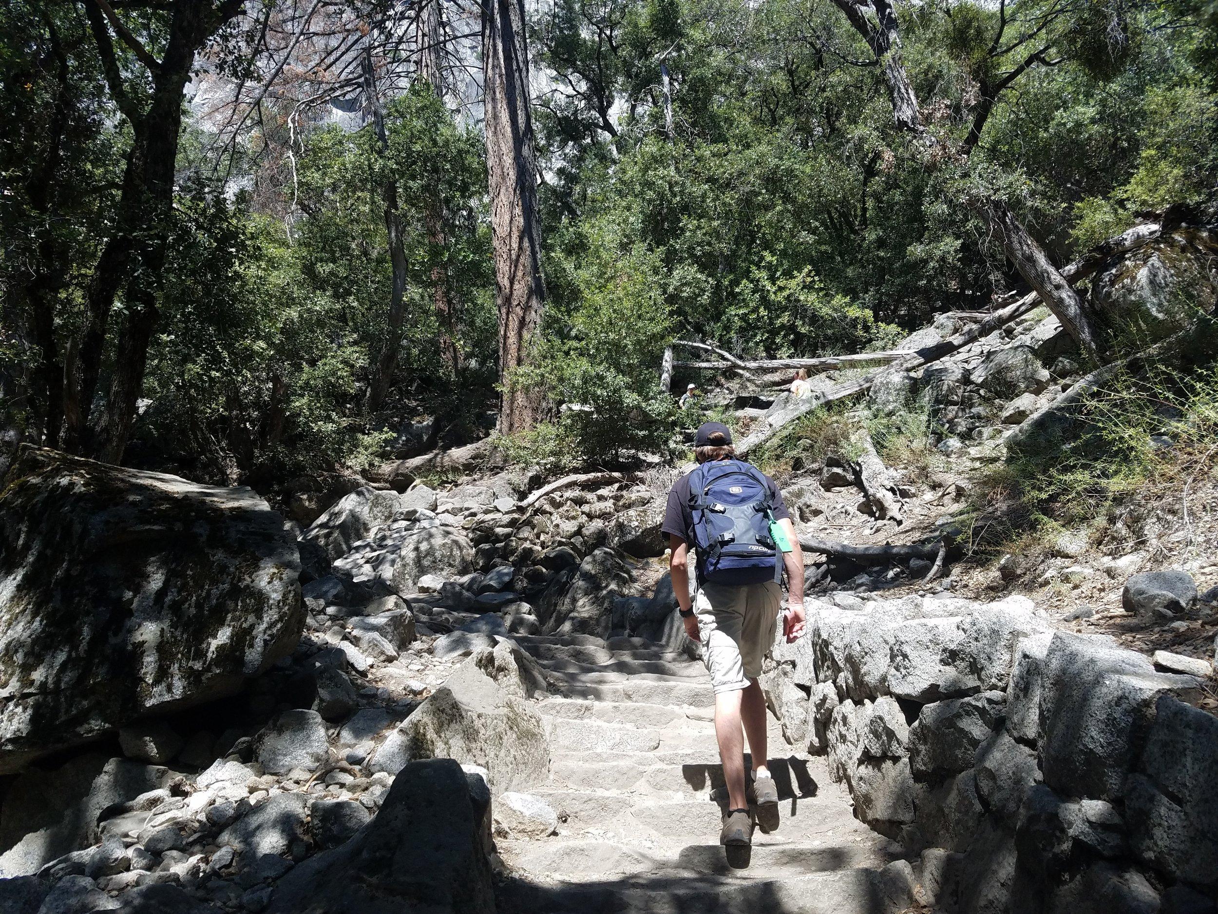 Hiking Upper Yosemite Falls