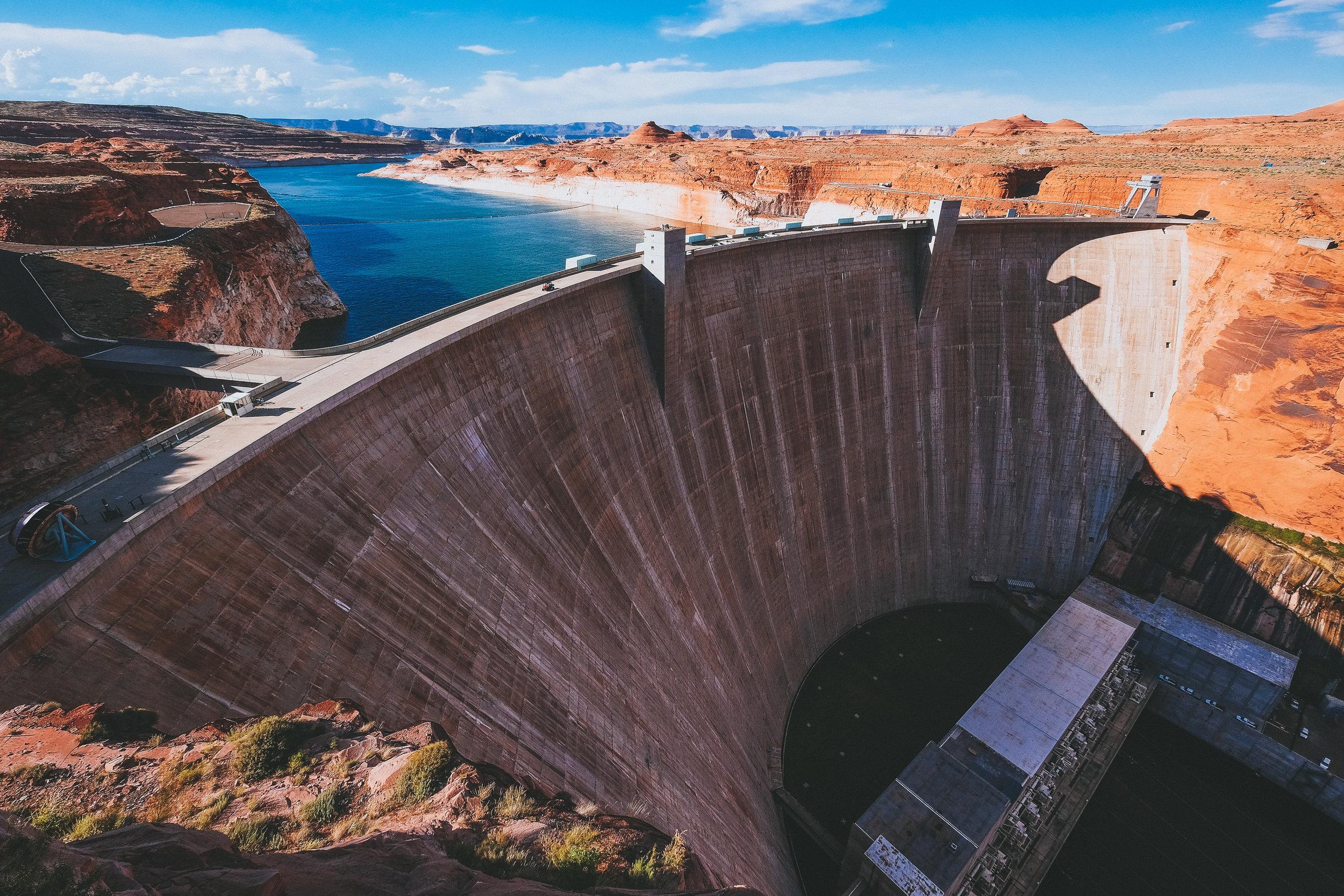 Glen Canyon Dam, Arizona.