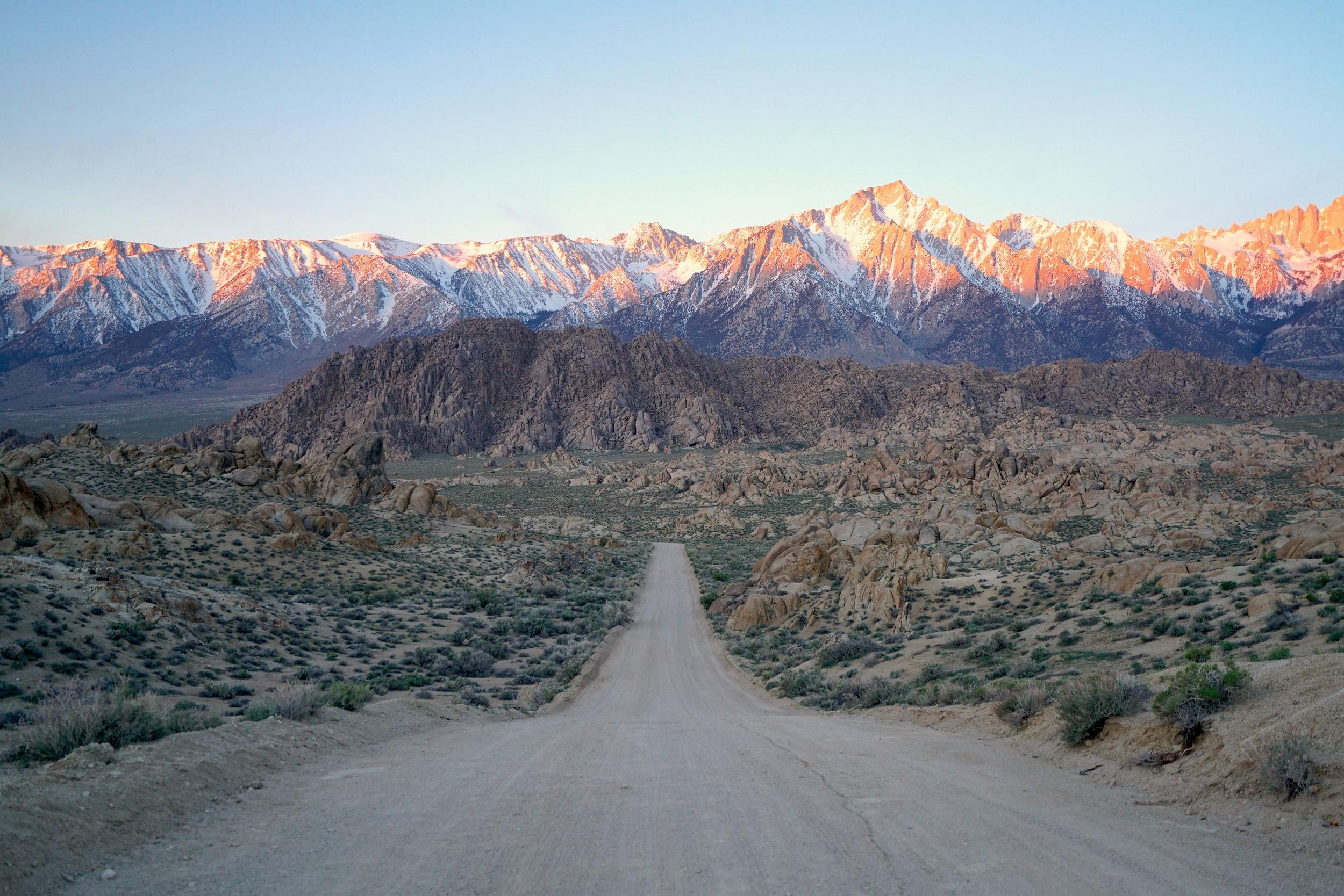 Eastern Sierra & Highway 395 Road Trip - California's Most Scenic Drive