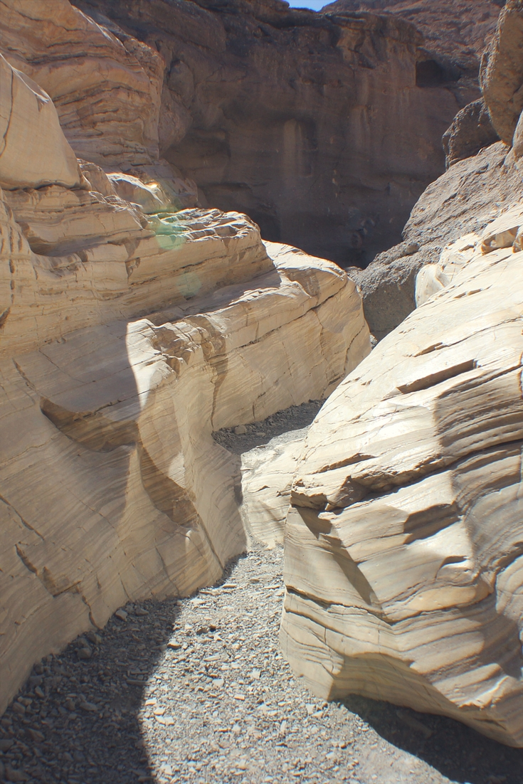 The beginning of the Mosaic Canyon Trail.
