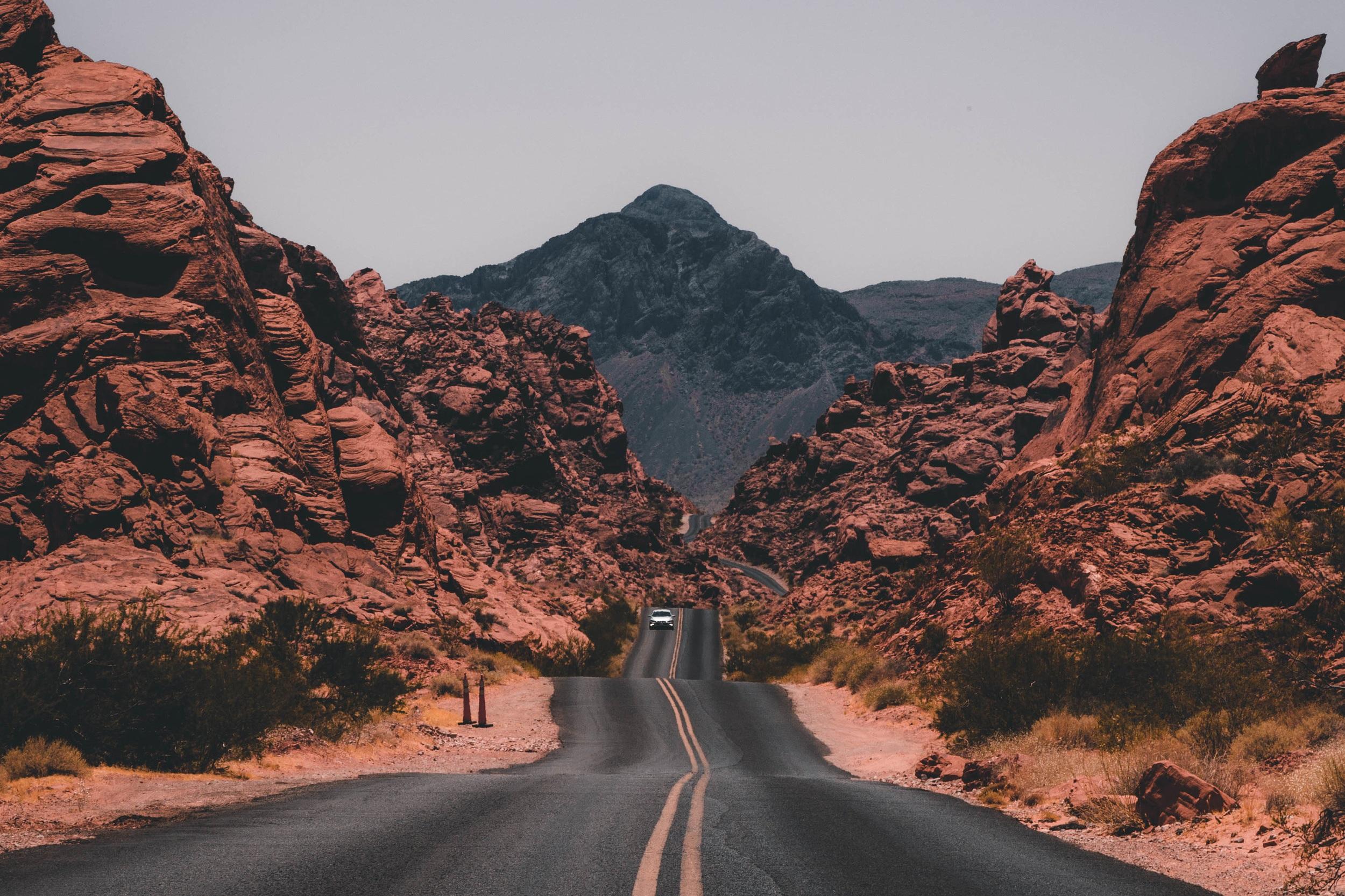 NEVADA - TRAVEL GUIDE