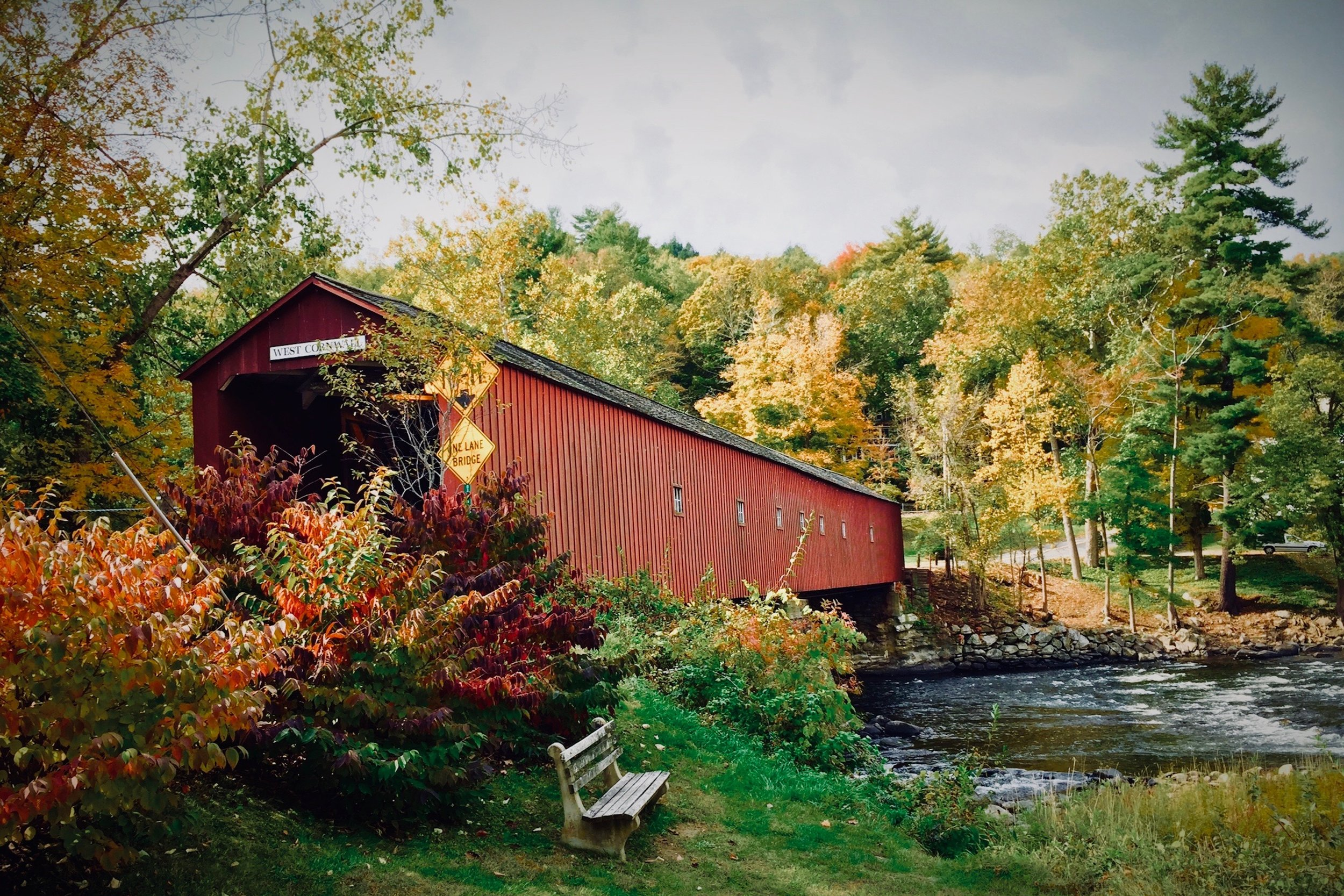 Take a covered bridge tour