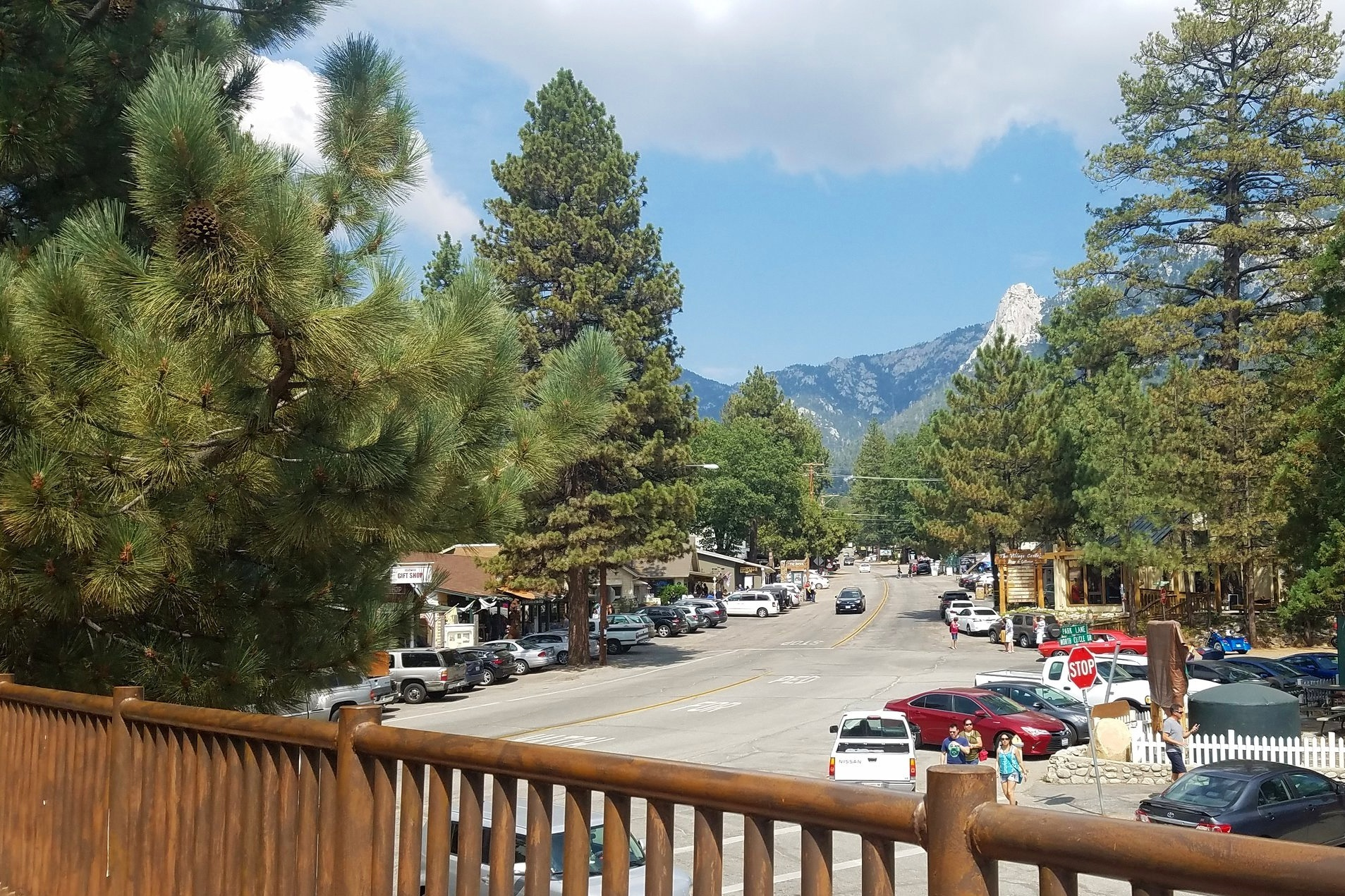 Main street through Idyllwild.
