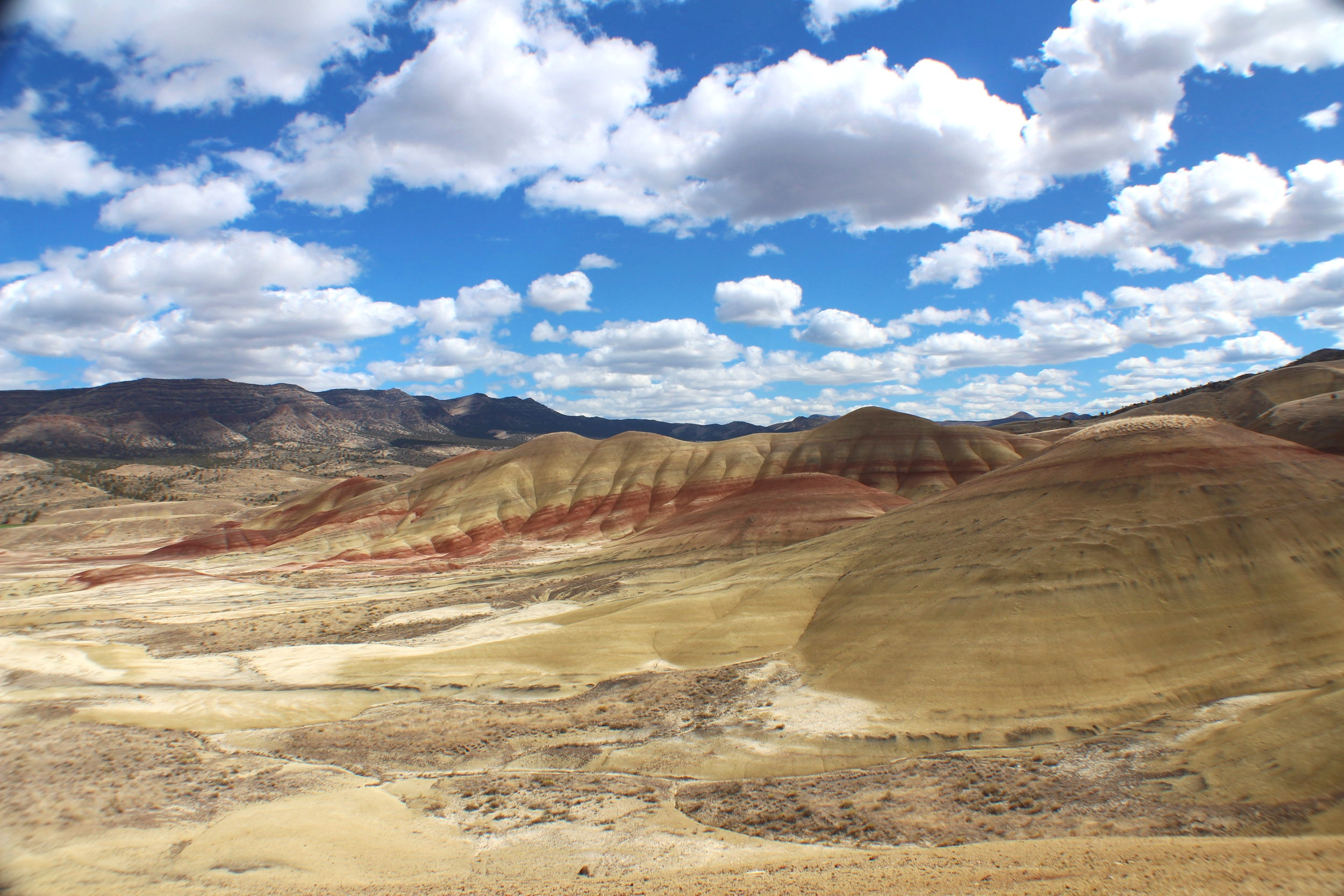 Painted Hills Travel Guide