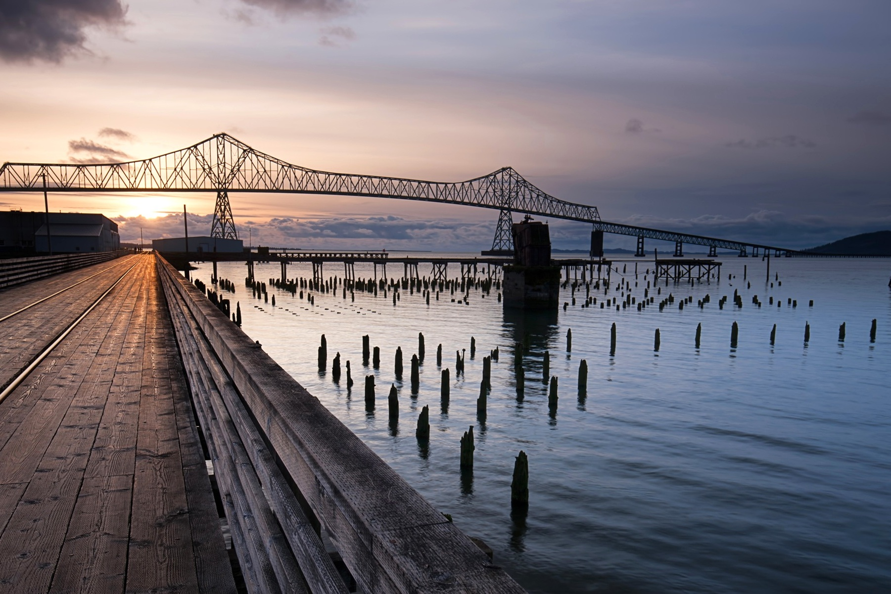 How To Spend A Weekend in Astoria - Top things to do in Astoria including where to eat and best places to stay.