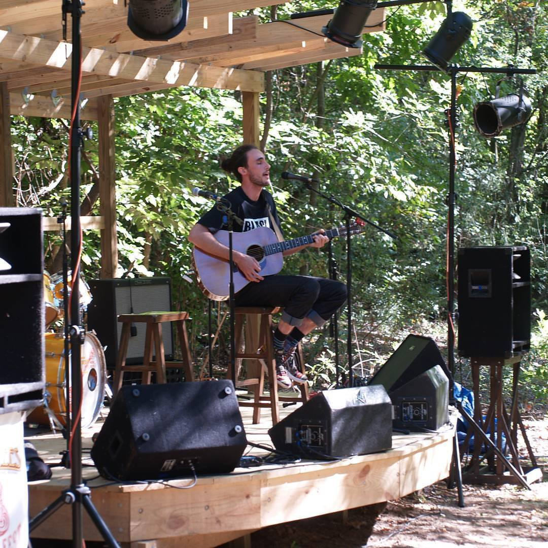 Meadow Stage -