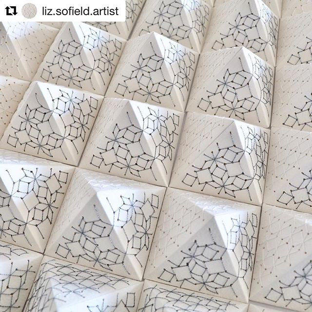 Starting tomorrow at The Studio, this incredible piece of artistry will be on display by Liz Sofield.  Aptly named, quite corners of delight, sounds a little bit like The Studio space, blessed with the presence of artists who are truly such a de'light' ✨  You can enjoy Liz's works from Friday 25th - Sunday 27th October  #Repost @liz.sofield.artist with @get_repost ・・・ 'Quiet corners of Delight' hand stitched geometric forms @makersgalleryaustralia
