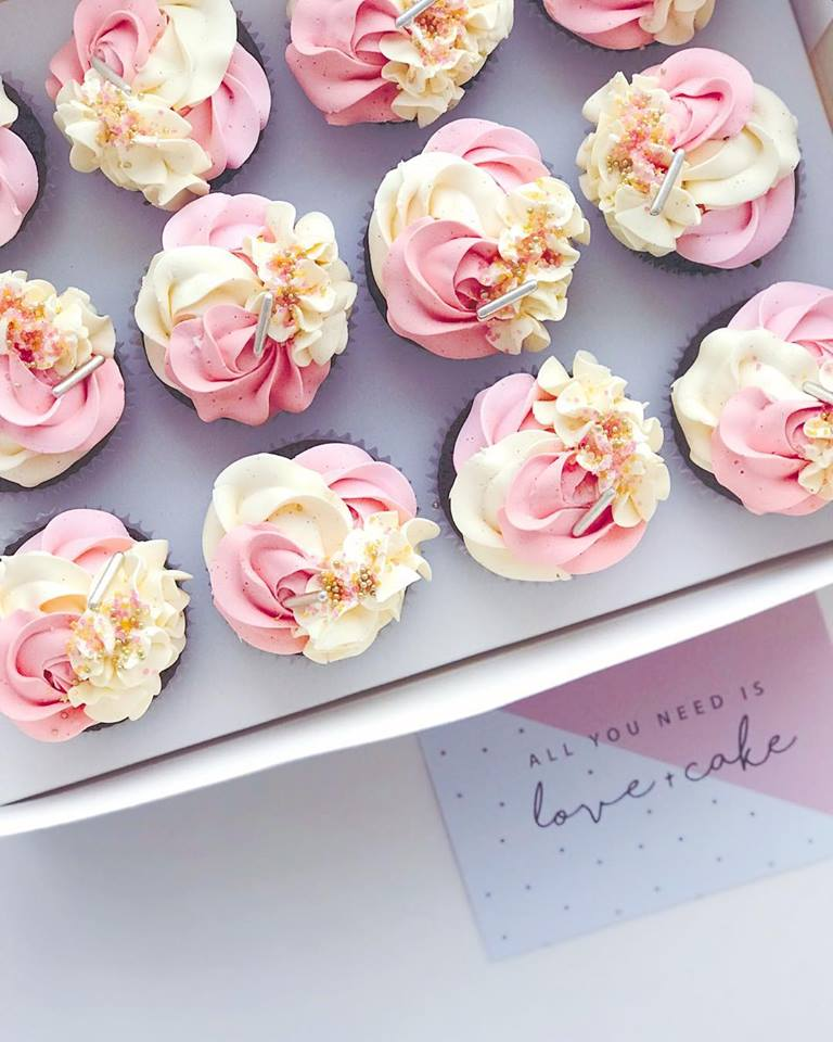 cupcakes-pink-cream.jpg