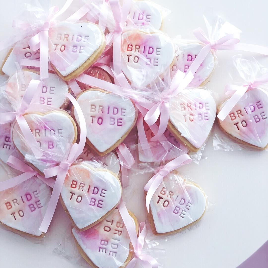 bride-to-be-sugar-cookies