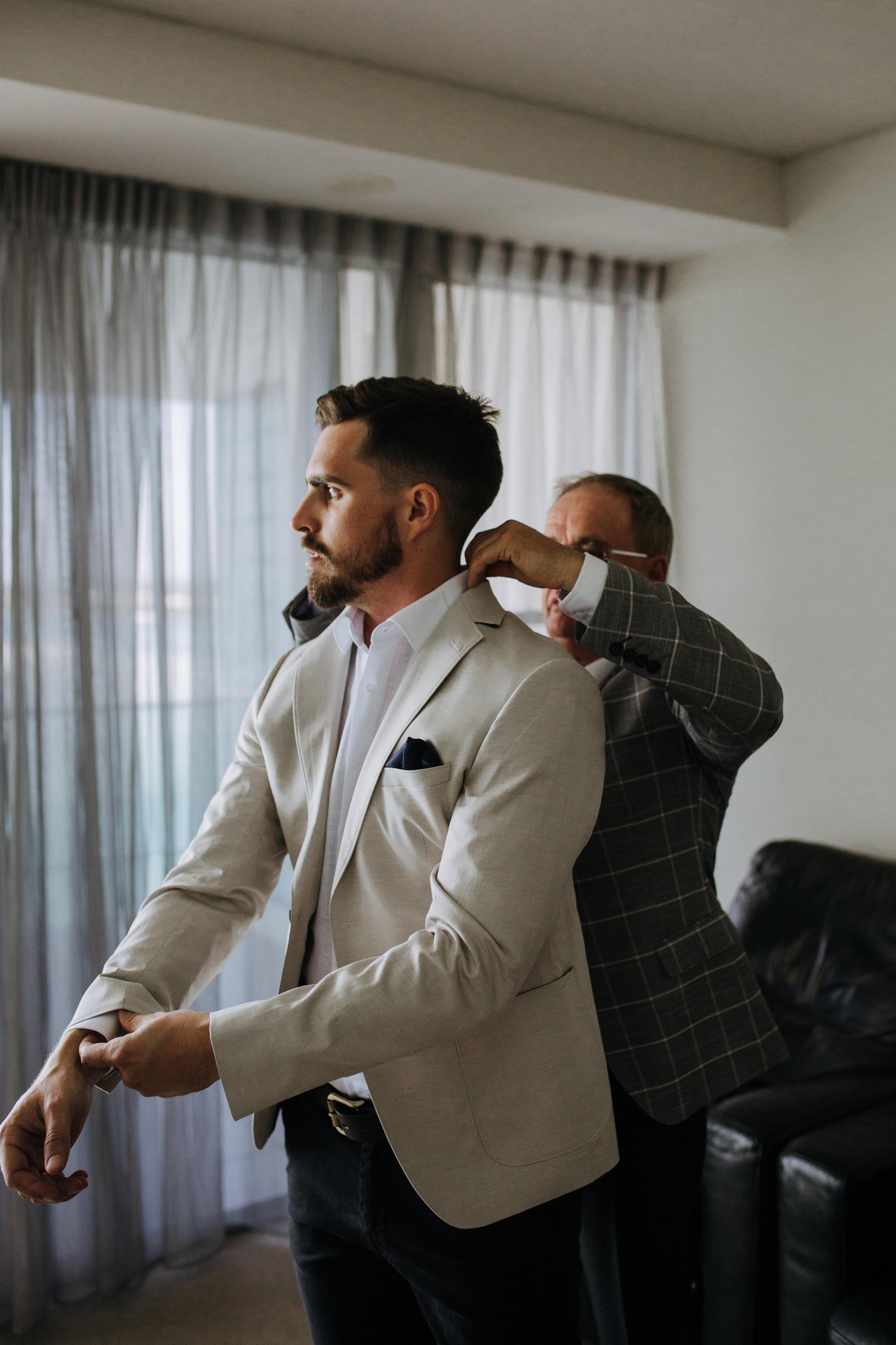 014-Kirby_Lewis_Maleny_Manor_Wedding.jpg