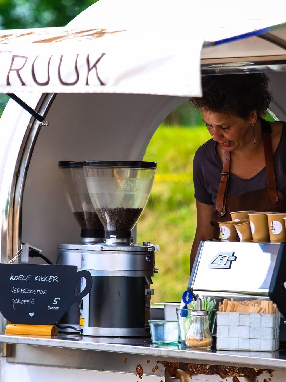 koffietruck+koffie+trailer+foodtruck+zeeland+te+boeken+te+huur