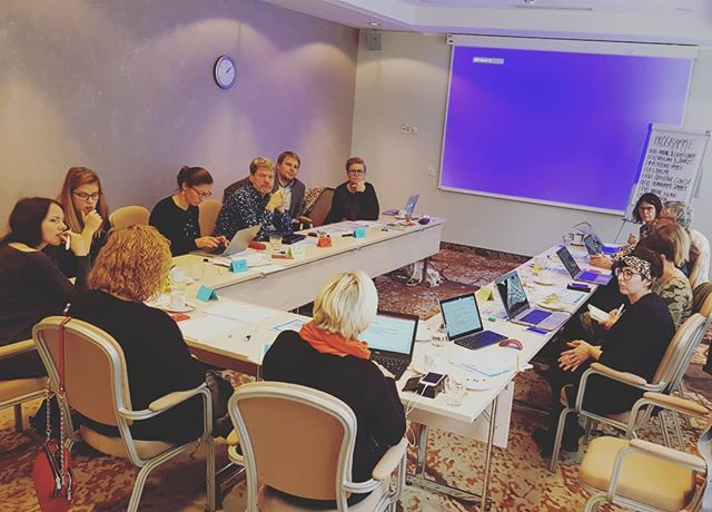 👋 7 democracy festivals have met today in Estonia to exchange this years challenges and highlights and think about the future. #letshavefun #democracyfamily #bigpotential #inspiringpeople