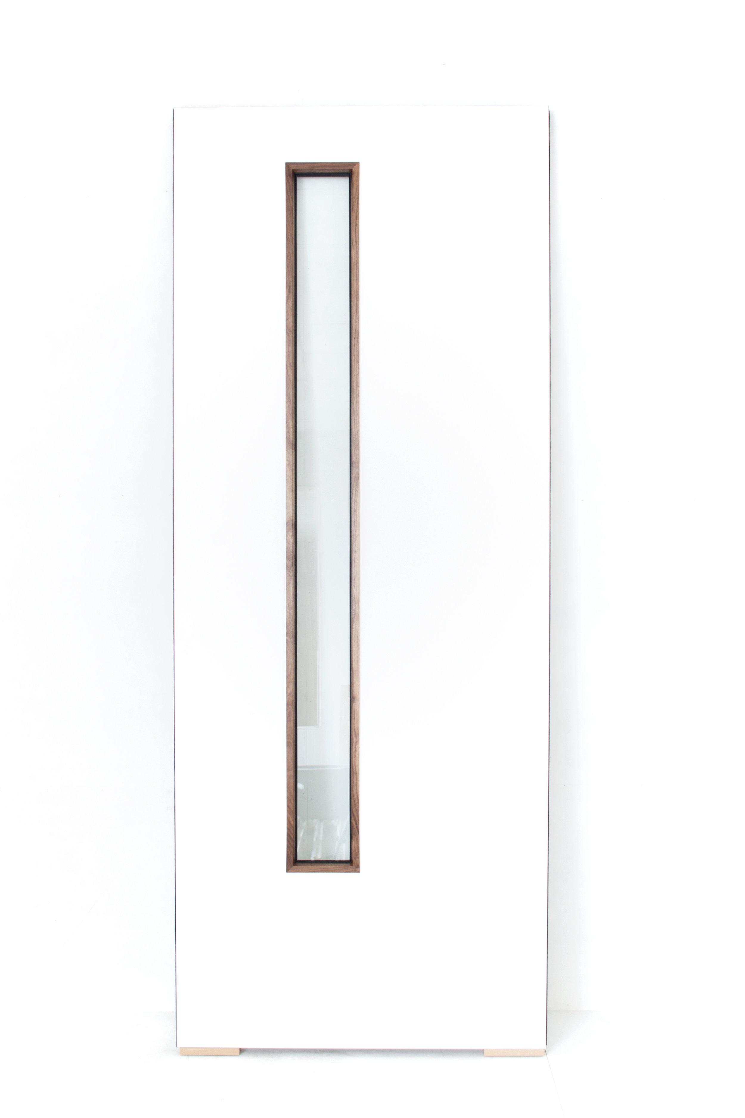White Laminate Door with Walnut Beads