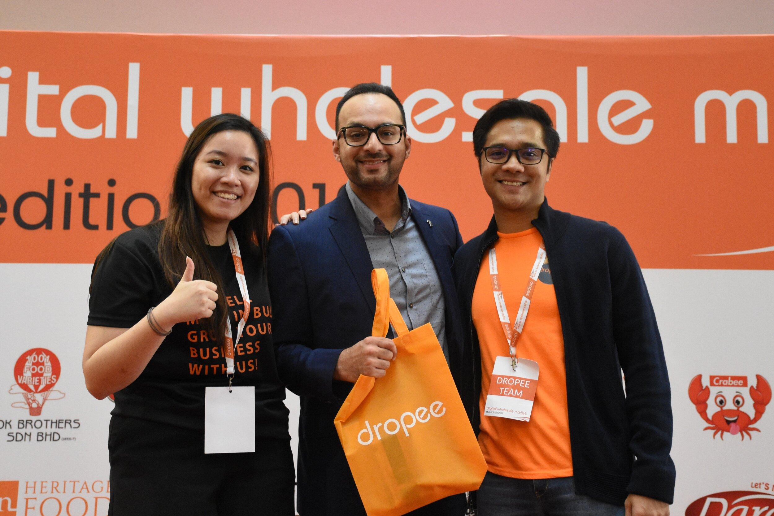 Lennise Ng (Dropee CEO), Imran Shahid (Maxis Head of Solution Sales & Presales), and Aizat Rahim (Dropee COO) at Dropee's Digital Wholesale Market: F&B Edition 2019.