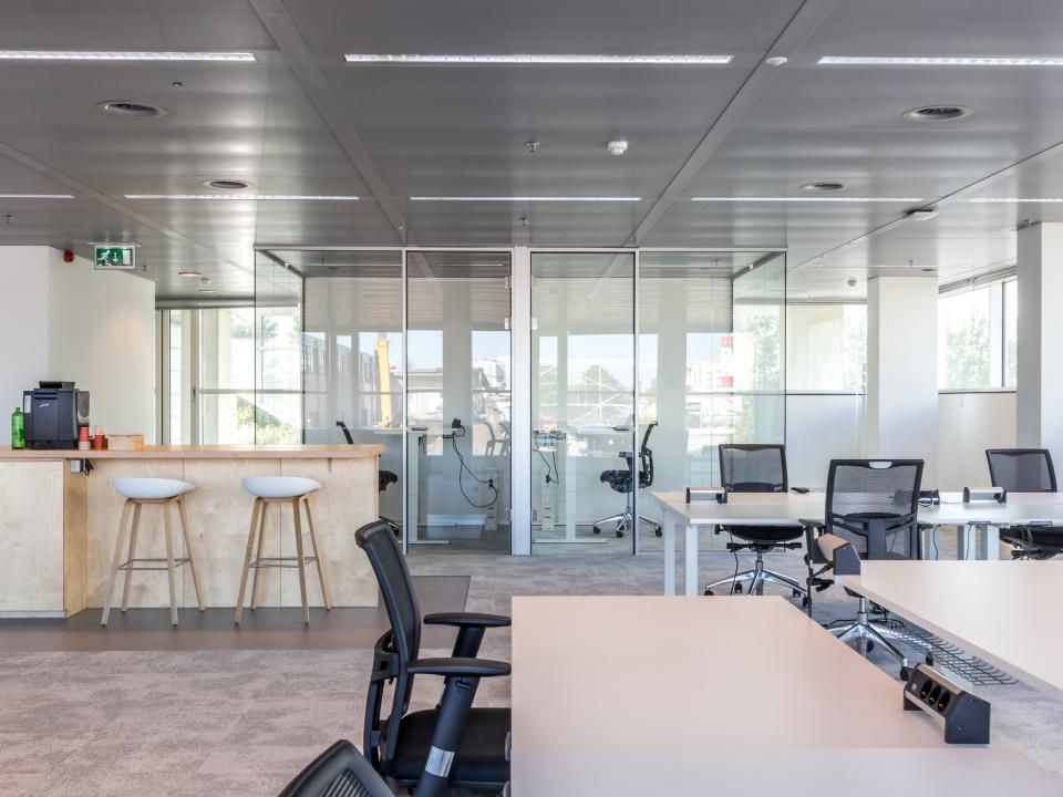 Locatie Utrecht - werkplekken  € 425 Per maand  Excl. BTW