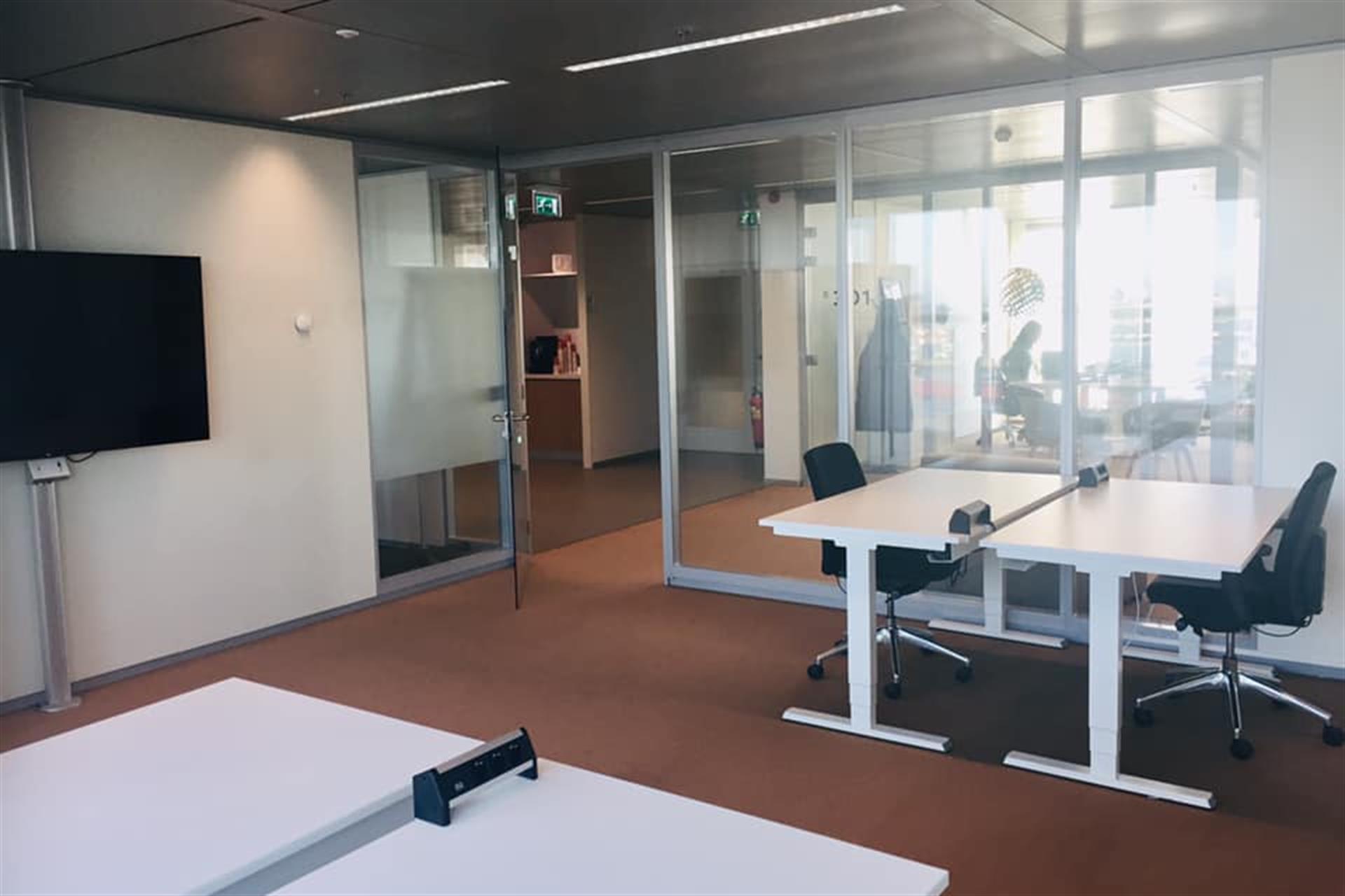 locatie utrecht - office vanaf 20m2  €425 per maand  EXCL. btw