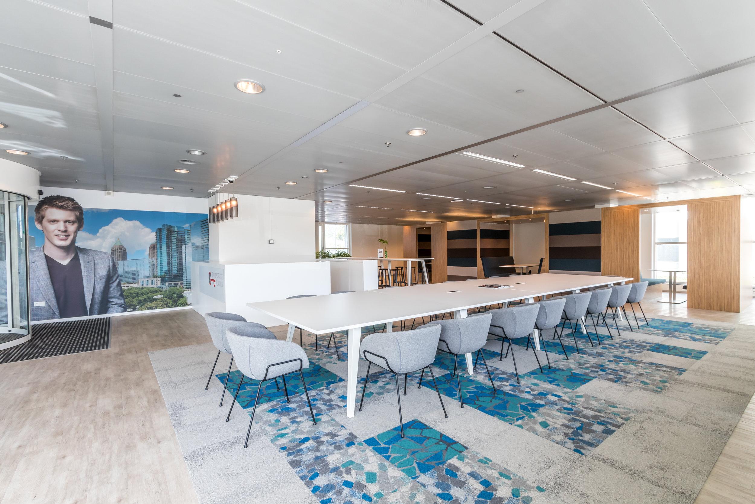 locatie utrecht - boardroom 20 persoons executive vergaderruimte  € 115 per uur  EXCL. btw / te boeken per dagdeel