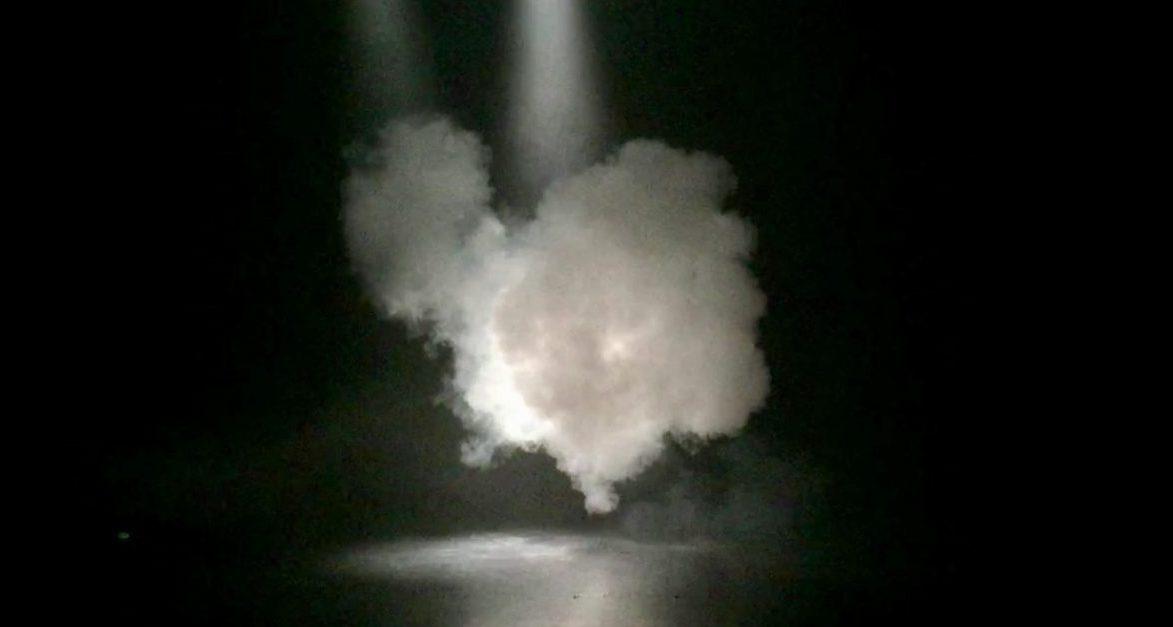 00-spectres-fumee-ConvertImage.jpg