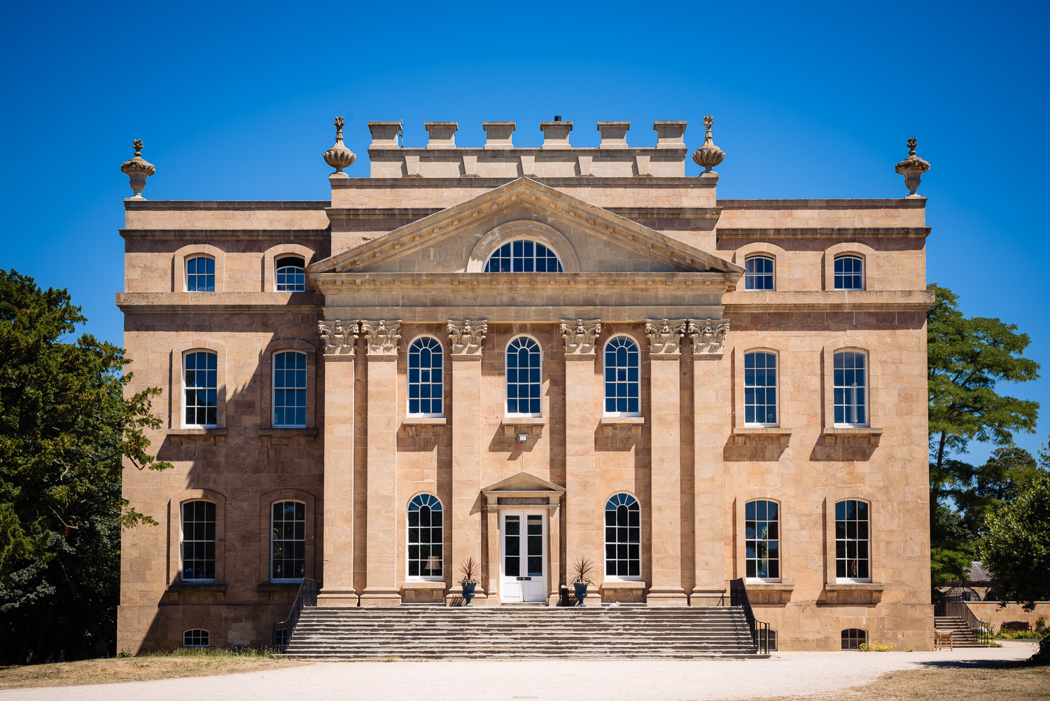 Exterior photograph of Kings Weston House