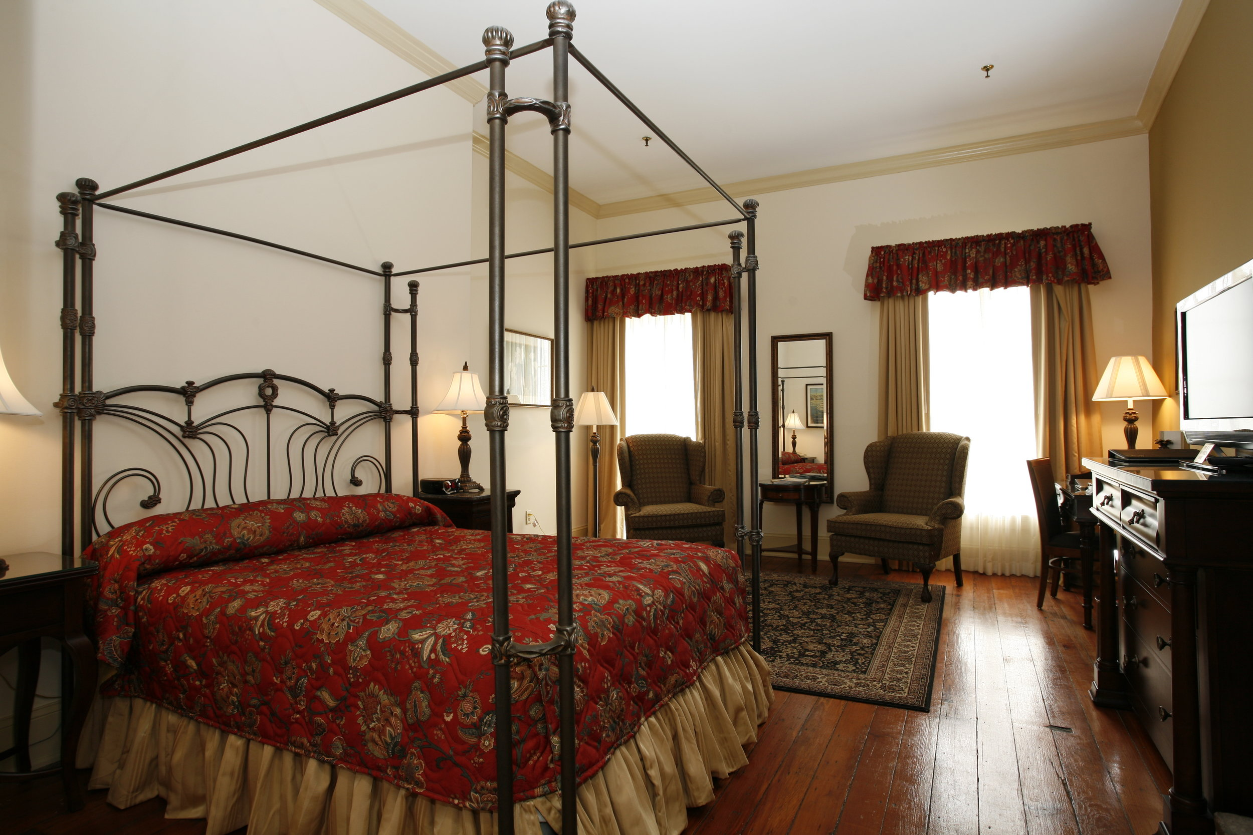 Riverstreet Inn Room .JPG