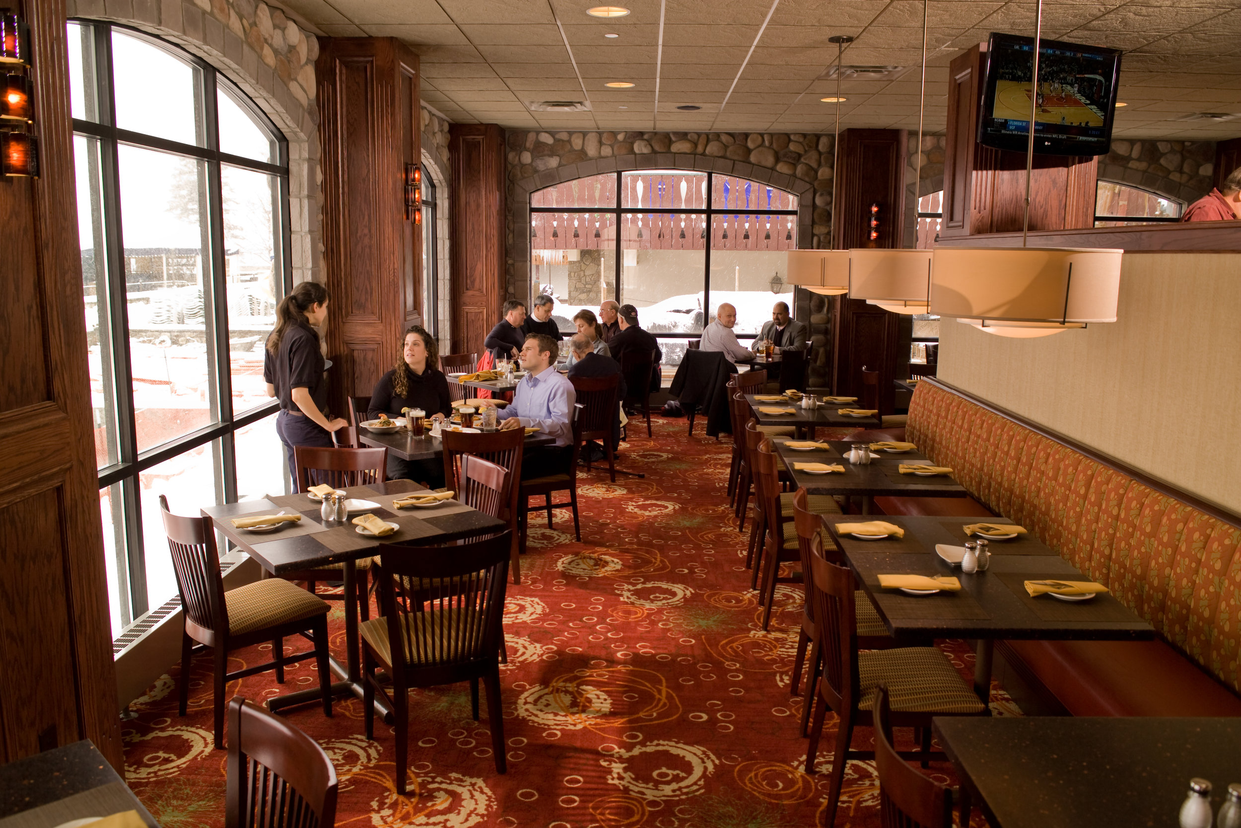 Tamarack Dining Room.jpg
