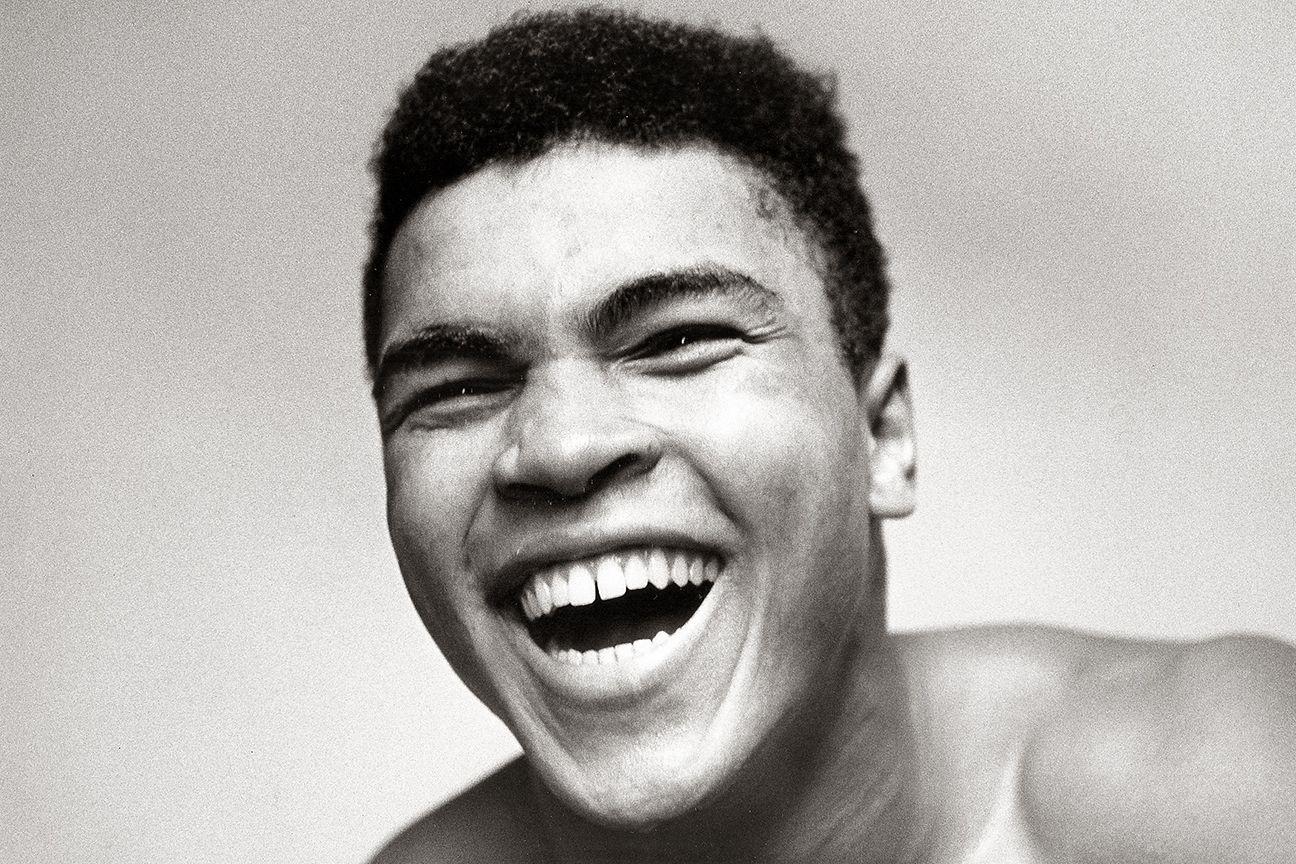 Muhammad Ali, activist and pugilist. Vietnam.