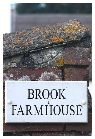 brook-farmhouse-sign.jpg