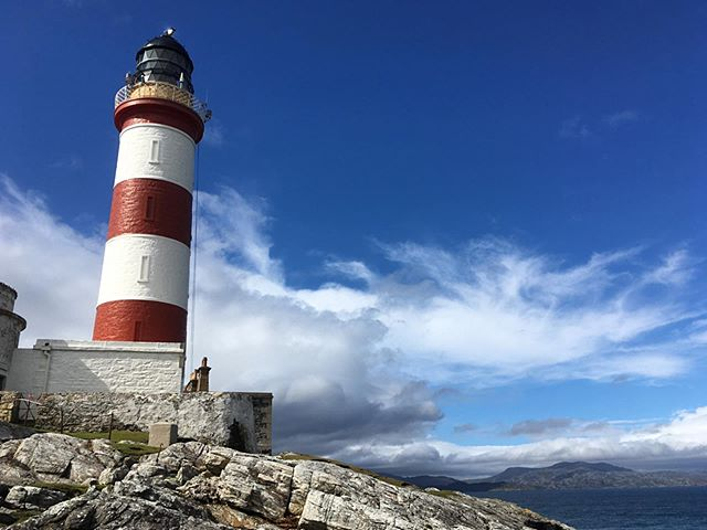 After a few days of rain, the blue skies and candy-colours of Eilean Glas lighthouse were a welcome sight; as was the porpoise that swam by close to shore... - - - - - - - - #visitscotland #visitouterhebrides #northernlighthouseboard #thisisscotland #outerhebrides #scotland_greatshots #hebrideanwhaletrail #wildlifewatching #hwdt #guardiantravelsnaps #bbcscotlandpics #scotland_lover #nlb_uk #natureblogger