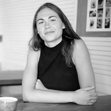 Lucia Pohlman, Co-Operator - @luciagaia.com